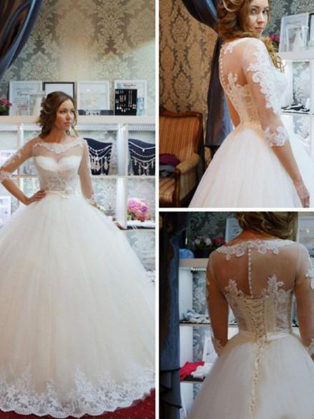 Ball Gown Tulle Applique Scoop 1/2 Sleeves Floor-Length Ivory Wedding Dresses