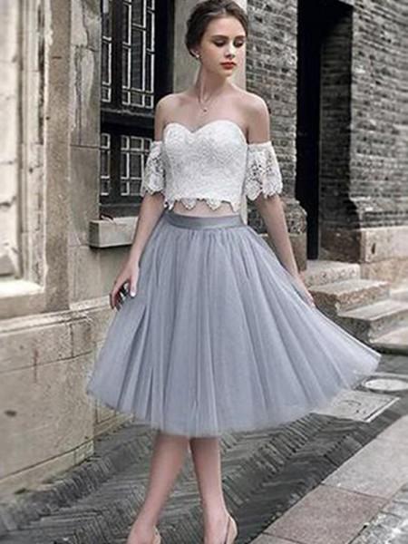 A-Line/Princess Sweetheart Tulle Tea-Length Sleeveless Dresses