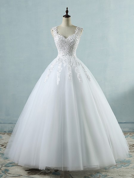Ball Gown V-neck Sweetheart Sleeveless Applique Tulle Floor-Length Wedding Dresses