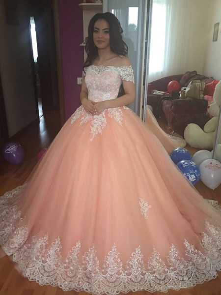 Ball Gown Off-the-Shoulder Tulle Court Train Sleeveless Dresses