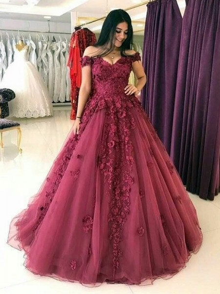Ball Gown Off-the-Shoulder Tulle Sweep/Brush Train Sleeveless Dresses