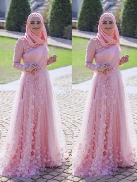 A-Line/Princess Scoop Tulle Sweep/Brush Train Long Sleeves Dresses