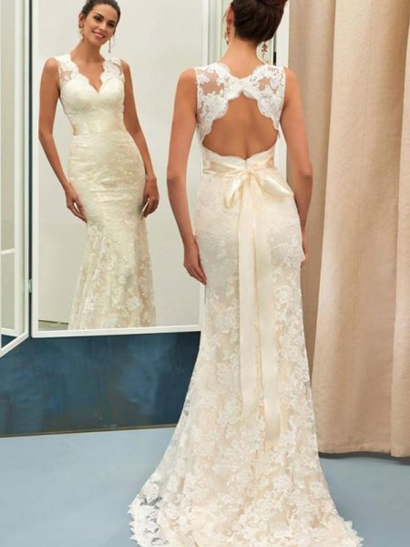Trumpet/Mermaid V-neck Sweep/Brush Train Sash/Ribbon/Belt Sleeveless Lace Wedding Dresses