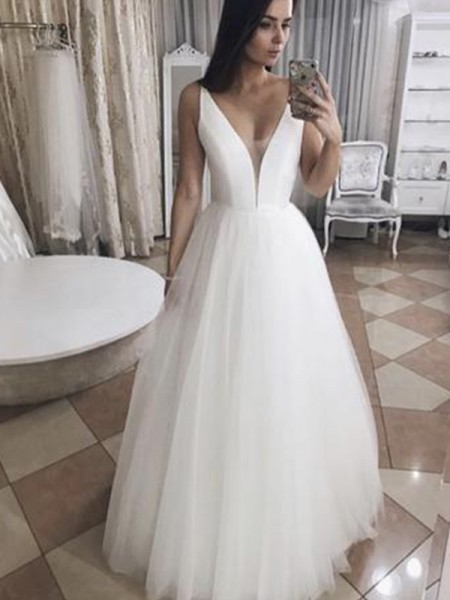 A-Line/Princess V-neck Floor-Length Ruffles Sleeveless Tulle Wedding Dresses