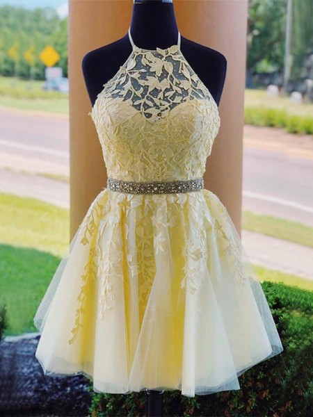 A-Line/Princess Halter Sleeveless Applique Tulle Short/Mini Dresses
