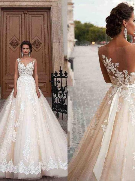 A-Line/Princess Sleeveless Tulle Scoop Applique Court Train Wedding Dresses
