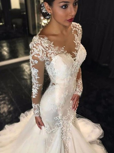Trumpet/Mermaid Court Train Tulle Long Sleeves V-neck Lace Wedding Dresses