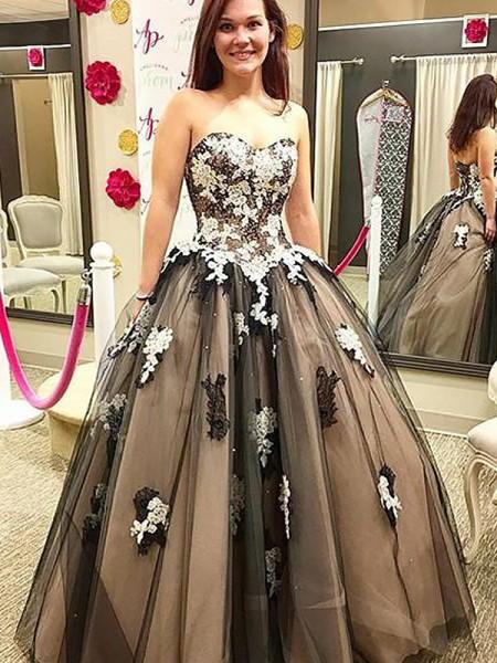 Ball Gown Floor-Length Tulle Sleeveless Sweetheart Applique Dresses