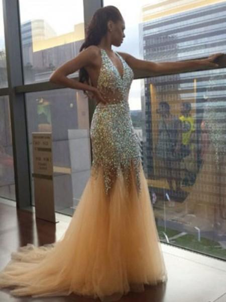 Trumpet/Mermaid Court Train Tulle Sleeveless Halter Sequin Dresses