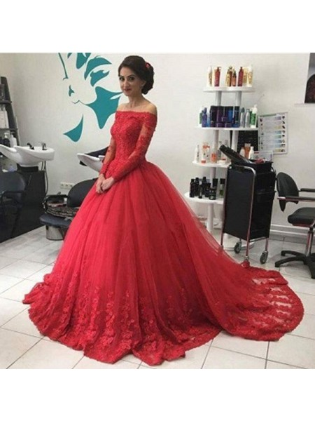 Ball Gown Court Train Tulle Long Sleeves Off-the-Shoulder Lace Dresses