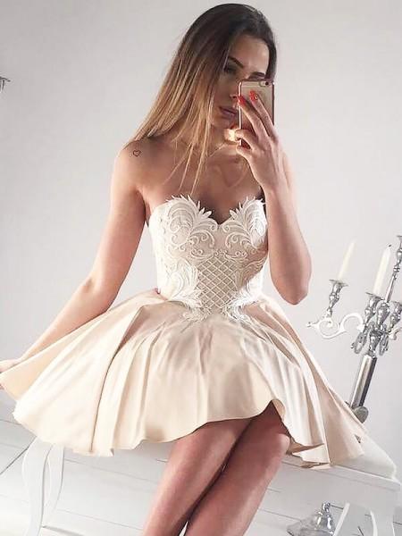 A-line/Princess Short/Mini Satin Sleeveless Sweetheart Applique Dresses