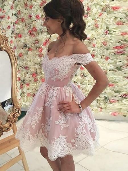 A-line/Princess Short/Mini Tulle Sleeveless Off-the-Shoulder Applique Dresses