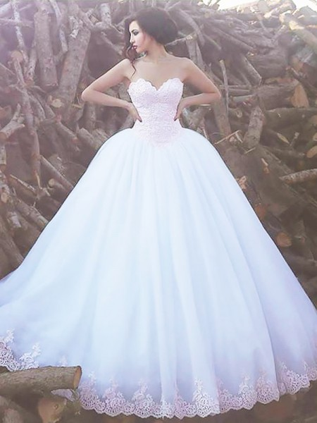 Ball Gown Sweep/Brush Train Organza Sleeveless Sweetheart Wedding Dresses