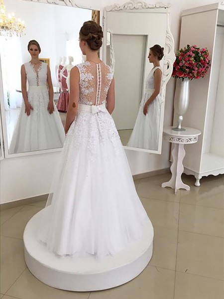 Trumpet/Mermaid Floor-Length Lace Sleeveless Scoop Wedding Dresses