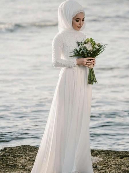 A-Line/Princess Jewel Long Sleeves Floor-Length Applique Chiffon Muslim Wedding Dresses