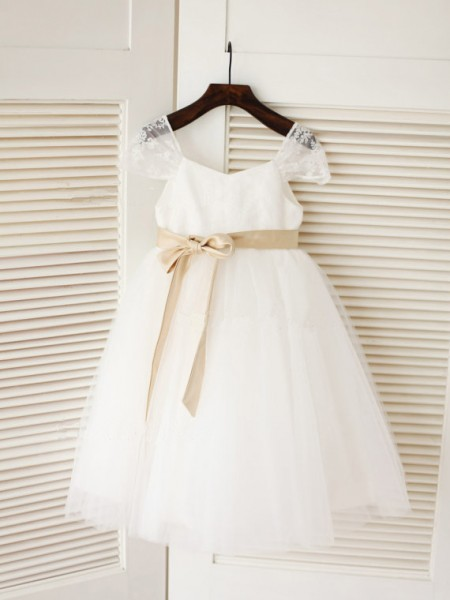 Ball Gown Sleeveless Tulle Tea-Length Sash/Ribbon/Belt Scoop Flower Girl Dresses