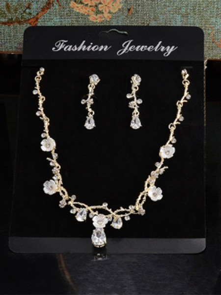 Ladies's Unique Alloy With Rhinestone Jewelry Set
