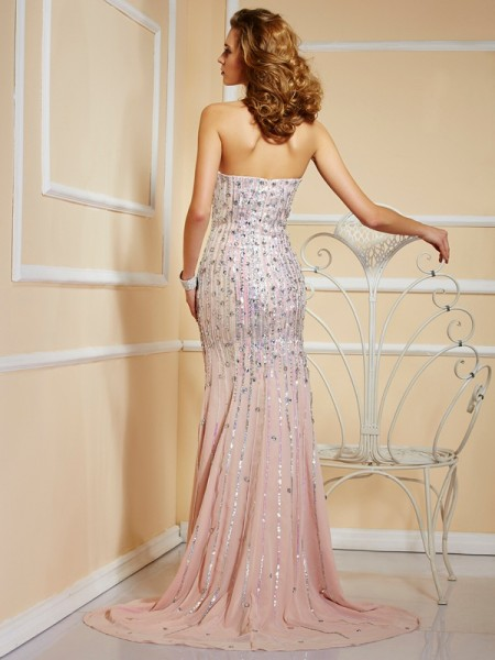 A-Line/Princess Chiffon Strapless Sweep/Brush Train Beading Sleeveless Dresses