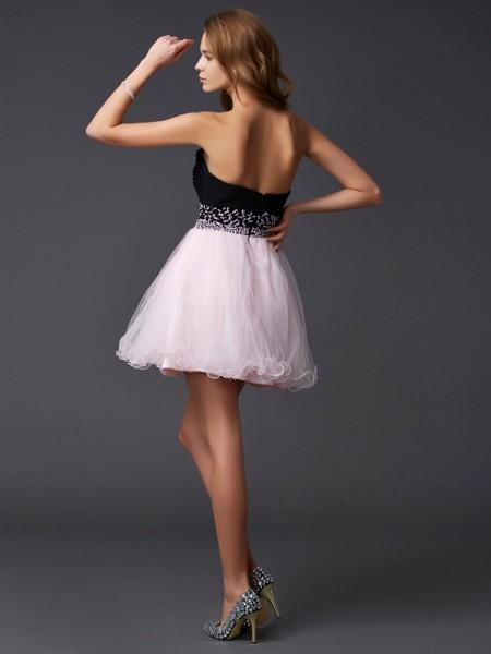 A-Line/Princess Elastic Woven Satin Sweetheart Short/Mini Beading Sleeveless Cocktail Dresses