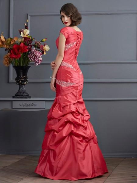 Trumpet/Mermaid Taffeta Scoop Floor-Length Beading Short Sleeves Dresses