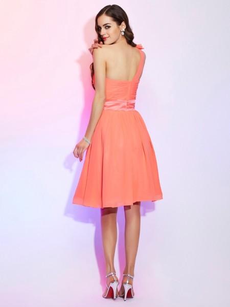 A-Line/Princess Chiffon One-Shoulder Knee-Length Hand-Made Flower Sleeveless Bridesmaid Dresses