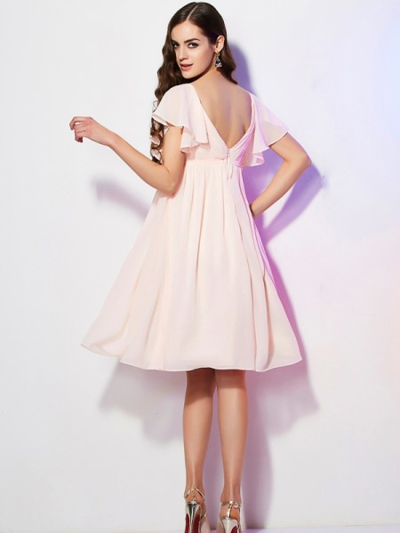 Sheath/Column Chiffon Sweetheart Knee-Length Ruffles Short Sleeves Bridesmaid Dresses
