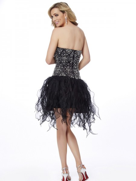 Sheath/Column Organza Sweetheart Short/Mini Beading Sleeveless Cocktail Dresses