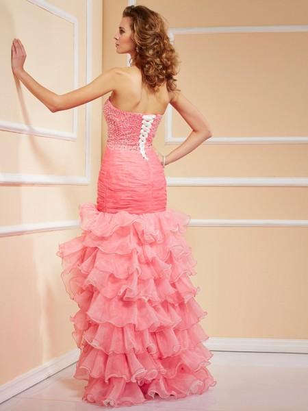Trumpet/Mermaid Organza Sweetheart Asymmetrical Ruffles Beading Sleeveless Dresses