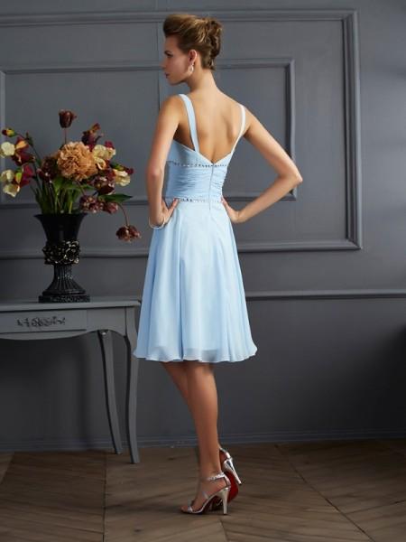 A-Line/Princess Chiffon V-neck Knee-Length Pleats Sleeveless Bridesmaid Dresses
