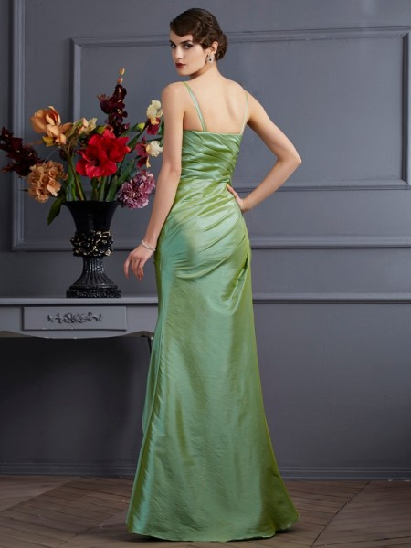 Trumpet/Mermaid Taffeta Spaghetti Straps Floor-Length Beading Sleeveless Dresses
