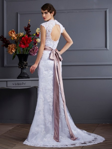 Trumpet/Mermaid Satin Sweep/Brush Train Applique Lace Sleeveless Wedding Dresses