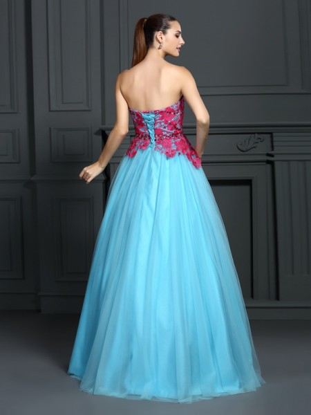 Ball Gown Sleeveless Lace Floor-Length Sweetheart Satin Dresses
