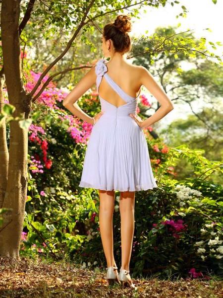A-Line/Princess Sleeveless Hand-Made Flower Knee-Length One-Shoulder Chiffon Bridesmaid Dresses