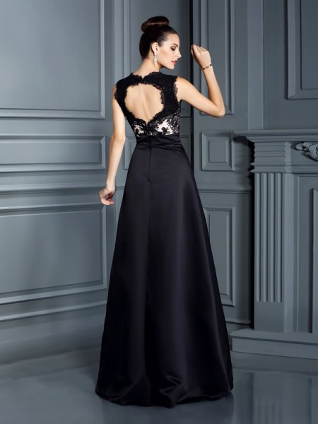 A-Line/Princess Sleeveless Lace Floor-Length Straps Satin Dresses