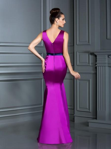 Trumpet/Mermaid Ball Gown Sleeveless Hand-Made Flower Floor-Length V-neck Elastic Woven Satin Bridesmaid Dresses
