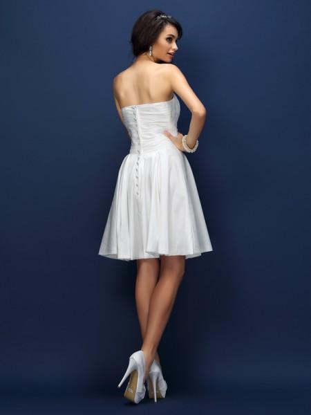 A-Line/Princess Sleeveless Pleats Short/Mini Sweetheart Taffeta Bridesmaid Dresses