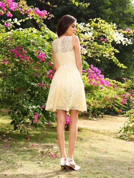 A-Line/Princess Sleeveless Lace Knee-Length Scoop Elastic Woven Satin Bridesmaid Dresses
