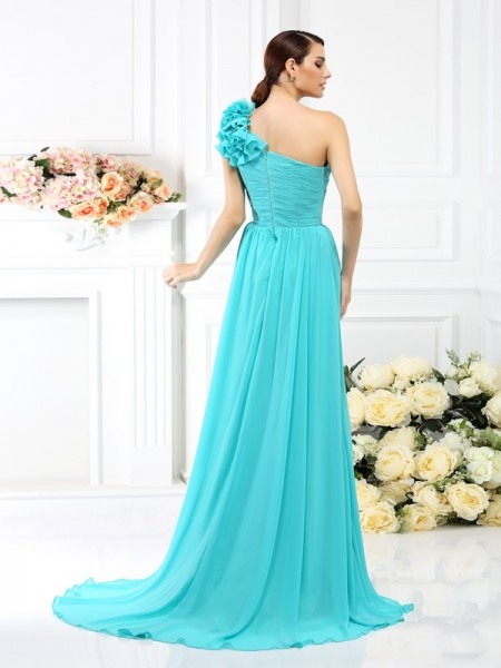 A-Line/Princess Sleeveless Pleats Hand-Made Flower Sweep/Brush Train One-Shoulder Chiffon Bridesmaid Dresses