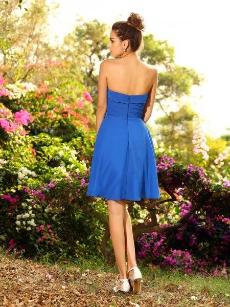 A-Line/Princess Sleeveless Pleats Knee-Length Sweetheart Chiffon Bridesmaid Dresses