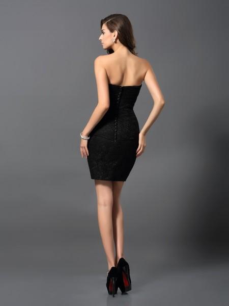 Sheath/Column Sleeveless Rhinestone Short/Mini Sweetheart Lace Cocktail Dresses