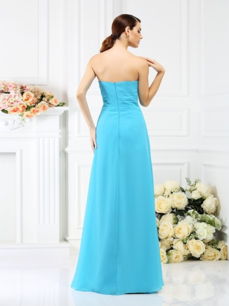 A-Line/Princess Sleeveless Hand-Made Flower Floor-Length Strapless Chiffon Bridesmaid Dresses