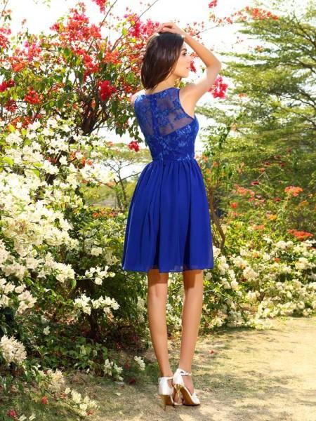 A-Line/Princess Sleeveless Applique Knee-Length Bateau Chiffon Bridesmaid Dresses