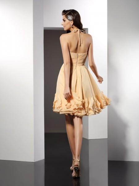 A-Line/Princess Sleeveless Ruffles Knee-Length Halter Chiffon Cocktail Dresses