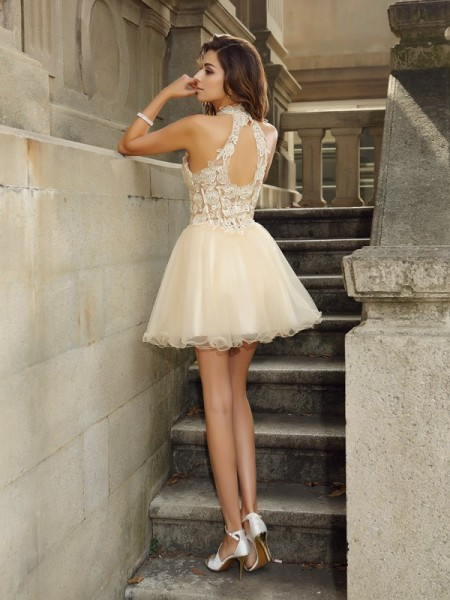 A-Line/Princess Sleeveless Ruffles Short/Mini High Neck Tulle Cocktail Dresses