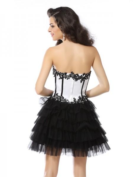 A-Line/Princess Sleeveless Applique Short/Mini Sweetheart Tulle Cocktail Dresses