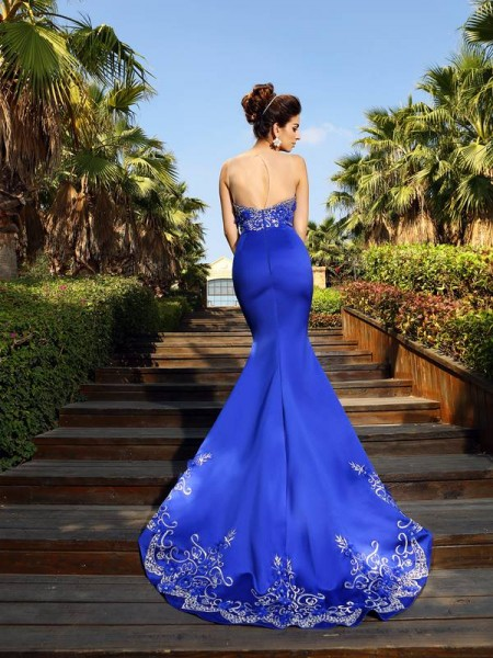 Trumpet/Mermaid Sleeveless Beading Court Train Sweetheart Satin Dresses