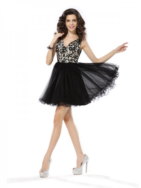 A-Line/Princess Sleeveless Beading Applique Short/Mini V-neck Elastic Woven Satin Cocktail Dresses