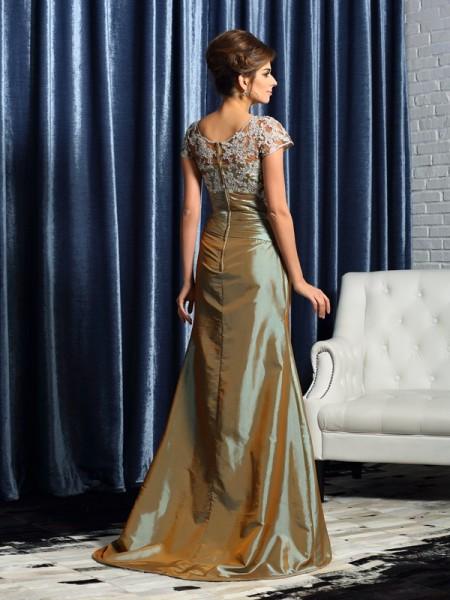 Trumpet/Mermaid Short Sleeves Beading Applique Sweep/Brush Train Scoop Taffeta Mother of the Bride Dresses