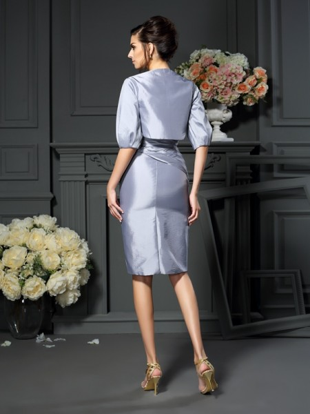 Sheath/Column Sleeveless Knee-Length Sweetheart Taffeta Mother of the Bride Dresses