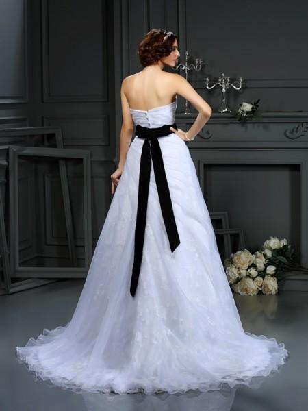 A-Line/Princess Sleeveless Court Train Sash/Ribbon/Belt Satin Sweetheart Wedding Dresses